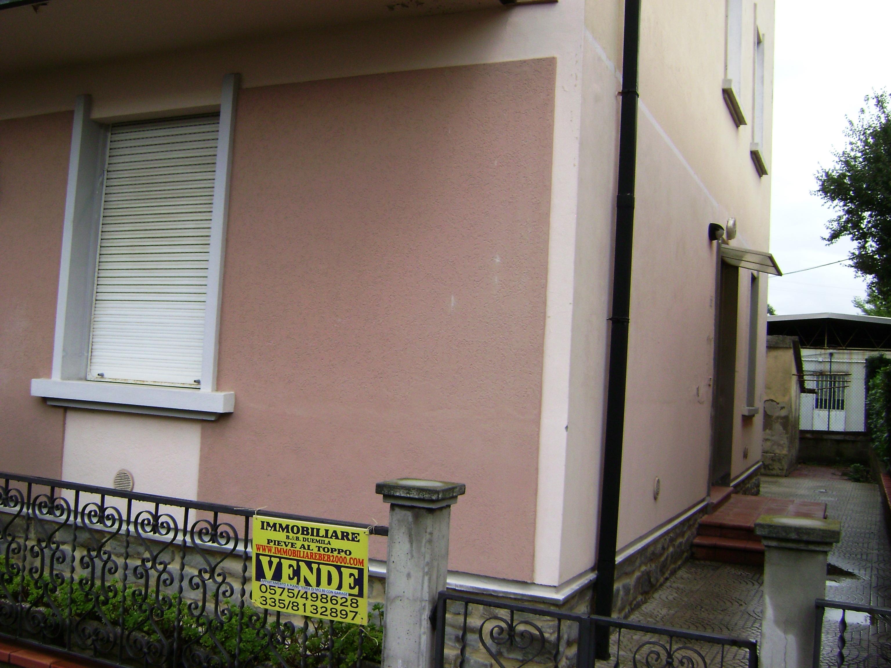 Super occasione arezzo via romana appartamento for Appartamento garage a piano singolo